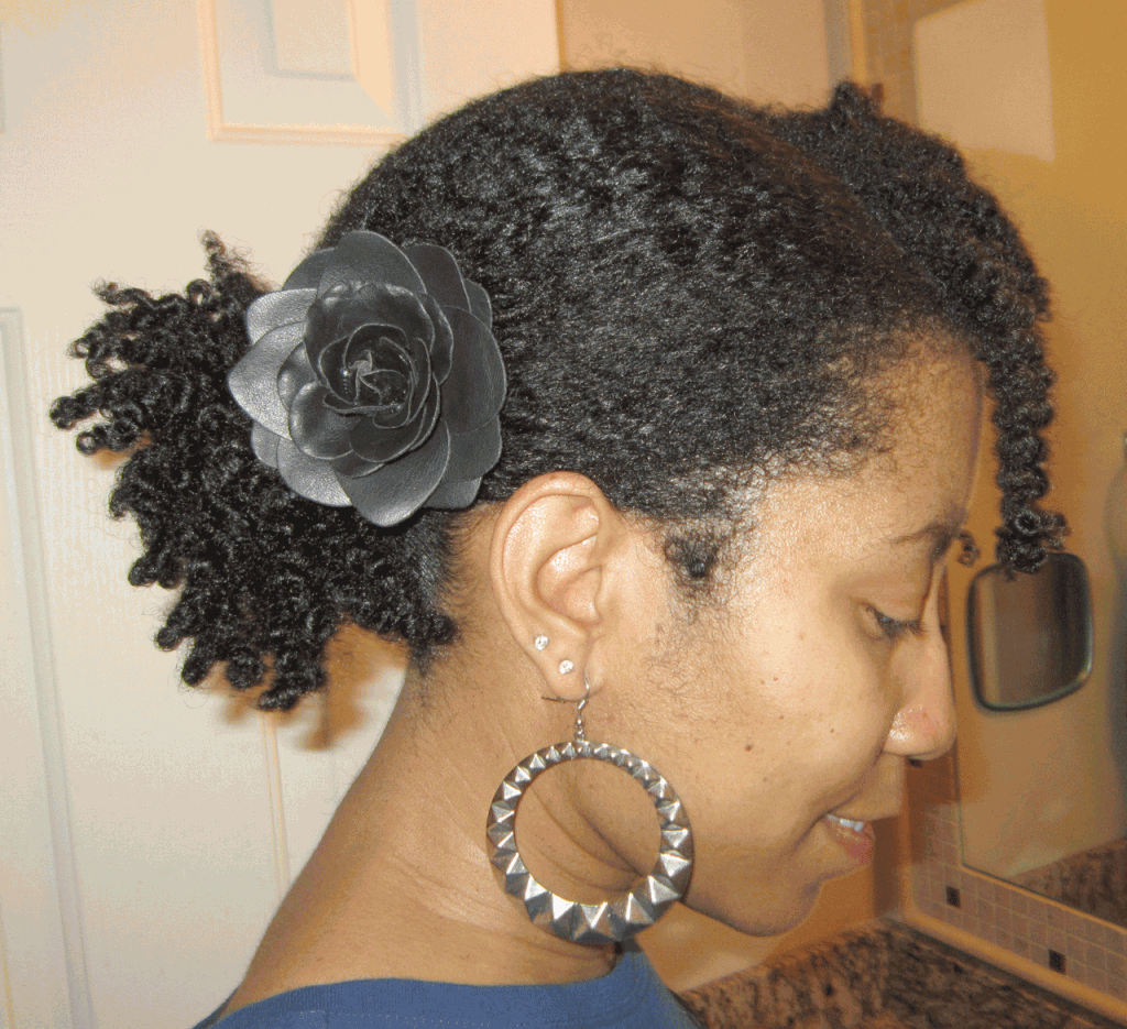 side pony hairstyle with natural hair